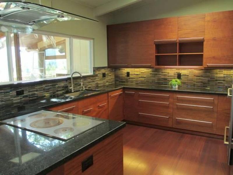 105 Golden Oak Dr, Portola Valley, CA 94028