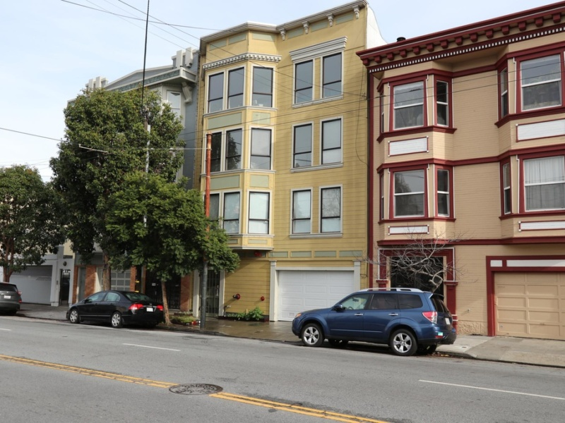 1045 S Van Ness Ave APT 101, San Francisco, CA 94110
