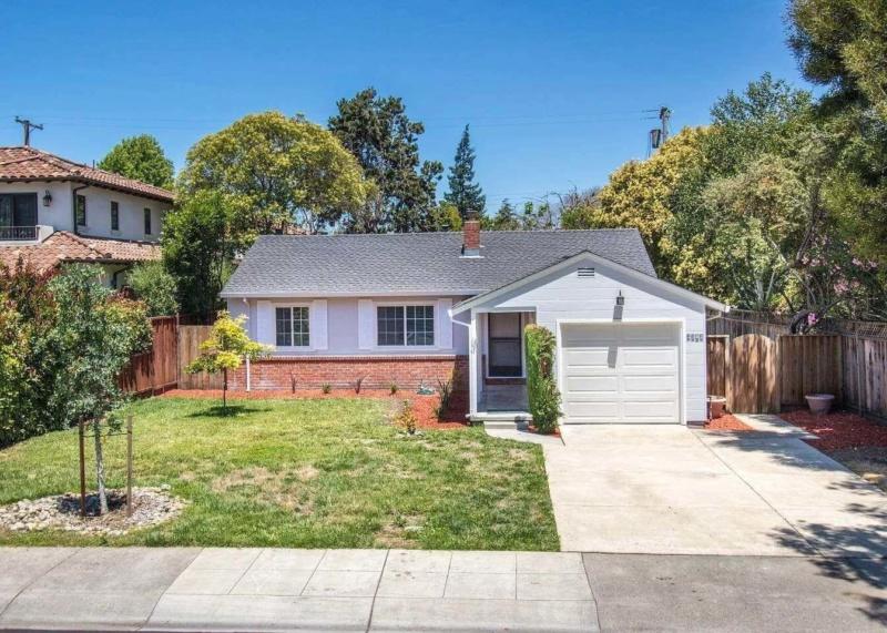 2383 Greer Rd, Palo Alto, CA 94303