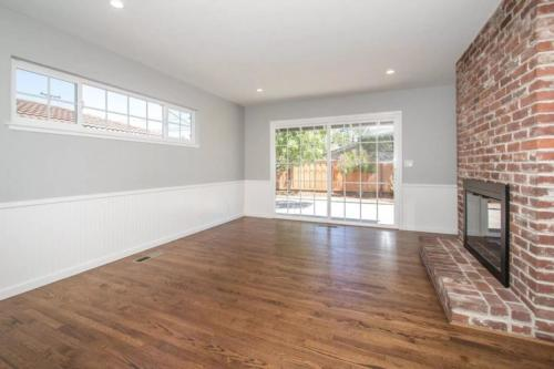 10382 Westacres Dr, Cupertino, CA 95014