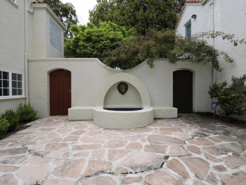 1237 Alma St, Palo Alto, CA 94301