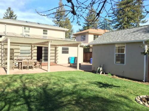 241 Princeton Rd, Menlo Park, CA 19