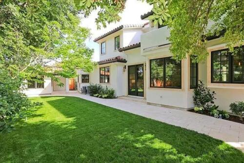 2577 Waverley St, Palo Alto, CA 94301