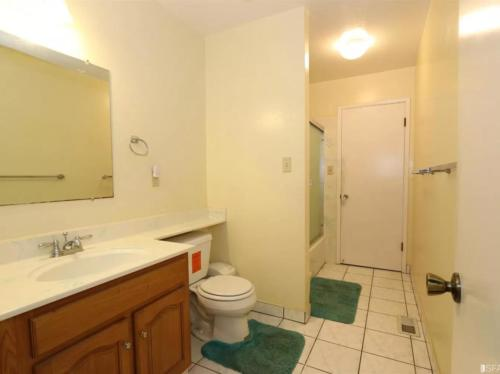 34960 Perry Rd, Union City, CA 94587
