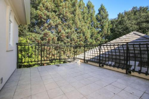 3 Isabella Ave Atherton CA